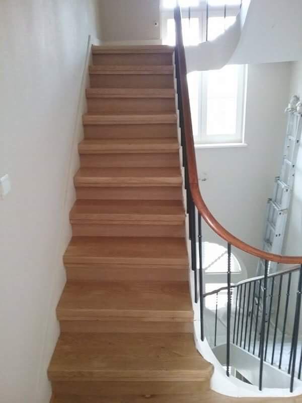Habillage d'escalier réalisation le parqueteur Saint-Quentin